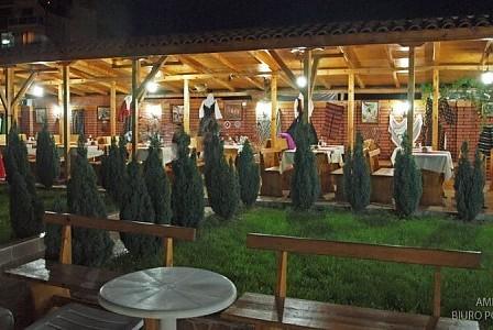 wczasy bułgaria - Restauracja na zewnątrz