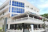 Hotel Ujvara **** (Golem)